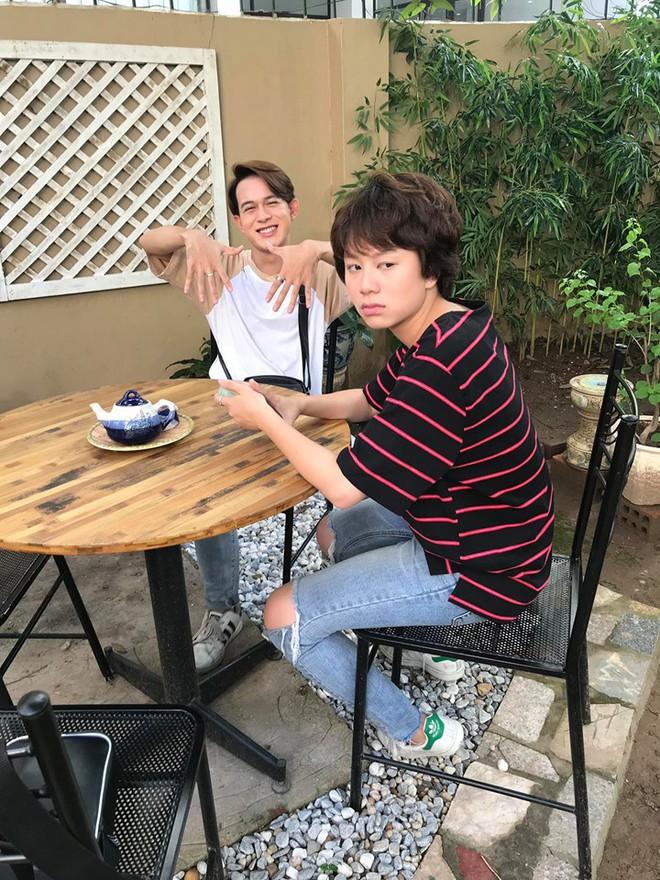 Dương tomboyloichoi đăng loạt ảnh hậu trường cực độc, viết lời xúc động trước khi kết thúc Về nhà đi con - Ảnh 12.