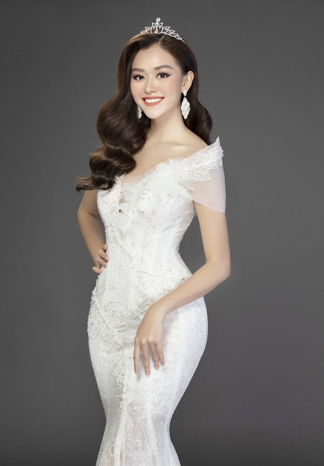 Bộ ảnh đẹp phô diễn triệt để nhan sắc của Top 3 Miss World Việt, bất ngờ với Á hậu 1 từng bị chê không xứng đáng! - Ảnh 13.