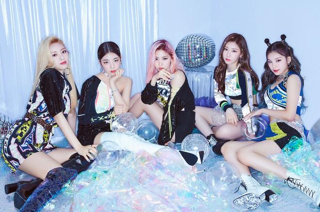 Bỏ xa TWICE và BLACKPINK, BTS lập thành tích nhạc số khủng khiến fan tin vào mùa bội thu Daesang cuối năm nay - ảnh 2