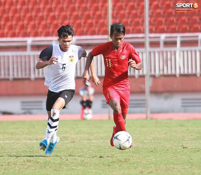 Cầu thủ U18 Lào lao vào xô xát với đối phương ngay sau thất bại tại giải U18 Đông Nam Á - ảnh 11