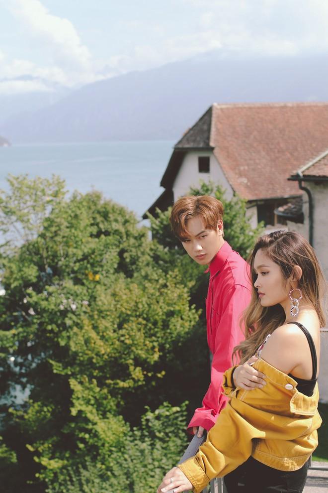 """Tung MV mới toanh quay tại Thụy Sĩ, JSOL cùng ViruSs khiến khán giả """"đứng tim"""" mấy nhịp vì loạt cảnh đẹp quá sức tưởng tượng - ảnh 32"""