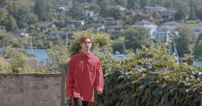 """Tung MV mới toanh quay tại Thụy Sĩ, JSOL cùng ViruSs khiến khán giả """"đứng tim"""" mấy nhịp vì loạt cảnh đẹp quá sức tưởng tượng - ảnh 34"""