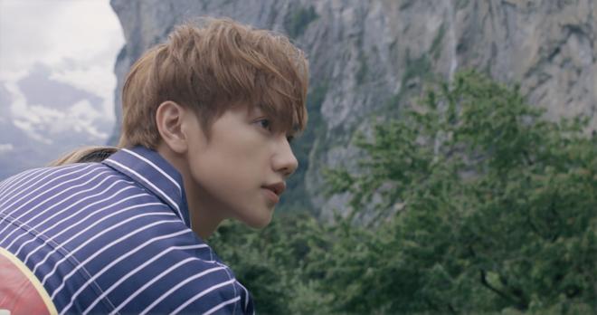 """Tung MV mới toanh quay tại Thụy Sĩ, JSOL cùng ViruSs khiến khán giả """"đứng tim"""" mấy nhịp vì loạt cảnh đẹp quá sức tưởng tượng - ảnh 42"""