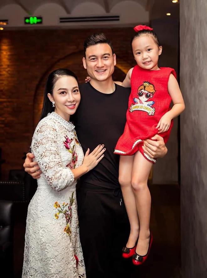 Sinh nhật tuổi 26 vui khó tả của Lâm Tây: Đại gia đình họ Đặng kéo nhau sang Thái xua tan nỗi cô đơn cho cậu cháu - ảnh 11