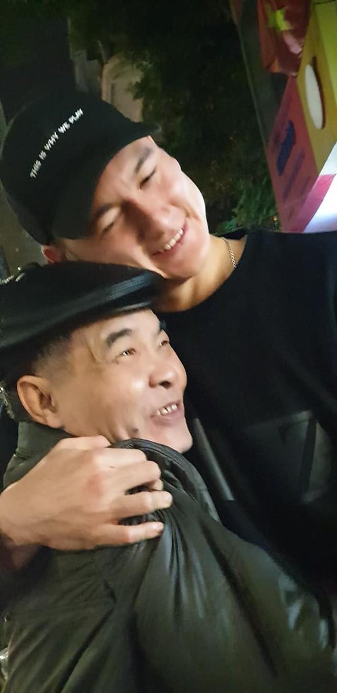 Sinh nhật tuổi 26 vui khó tả của Lâm Tây: Đại gia đình họ Đặng kéo nhau sang Thái xua tan nỗi cô đơn cho cậu cháu - ảnh 10