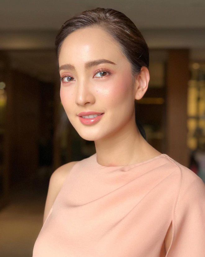 Top sao nữ đẹp từ trong trứng nước của showbiz Thái: Dàn mỹ nhân lai xuất sắc, Nira Chiếc lá bay chưa phải là nhất! - ảnh 42