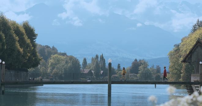 """Tung MV mới toanh quay tại Thụy Sĩ, JSOL cùng ViruSs khiến khán giả """"đứng tim"""" mấy nhịp vì loạt cảnh đẹp quá sức tưởng tượng - ảnh 31"""