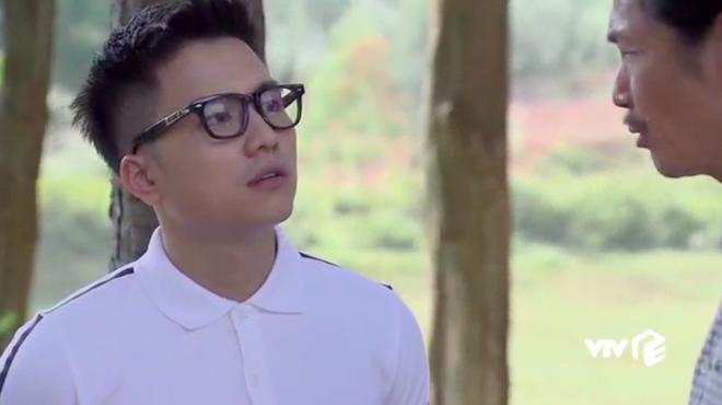 Ngoại truyện Về Nhà Đi Con chơi siêu lớn: Nụ hôn đồng tính đầu đời của Dương khiến bố Sơn hãi hùng - ảnh 11
