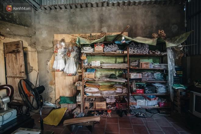 Thủ phủ vàng mã lớn nhất cả nước tấp nập tháng cô hồn: túi Chanel, xe phân khối lớn, xe đạp điện xuất xưởng - ảnh 8