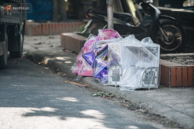 Thủ phủ vàng mã lớn nhất cả nước tấp nập tháng cô hồn: túi Chanel, xe phân khối lớn, xe đạp điện xuất xưởng - ảnh 25