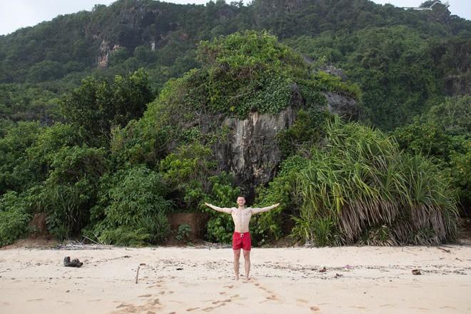 Dùng nước thiêng ở ngôi đền nổi tiếng Bali để… rửa mông, cặp người mẫu nhận chỉ trích gay gắt từ cộng đồng mạng - ảnh 6