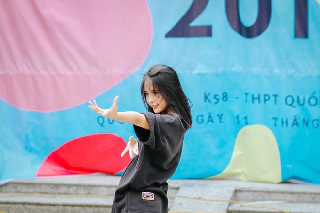 Nhảy cover siêu hit của Black Pink, nữ sinh lớp 11 gây chú ý với thần thái xuất thần không thua kém bất cứ nữ thần tượng Kpop nào - ảnh 3