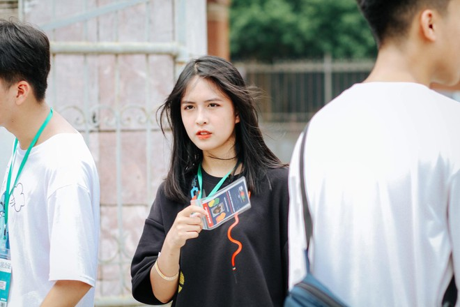 Nhảy cover siêu hit của Black Pink, nữ sinh lớp 11 gây chú ý với thần thái xuất thần không thua kém bất cứ nữ thần tượng Kpop nào - ảnh 1