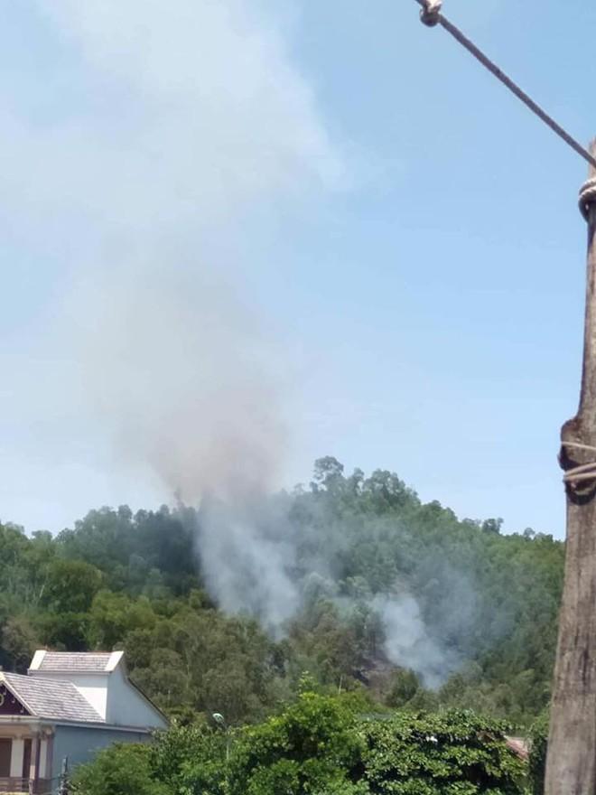 Cháy rừng ở Nghệ An nghi do dân đốt vàng mã Rằm tháng 7 - ảnh 2