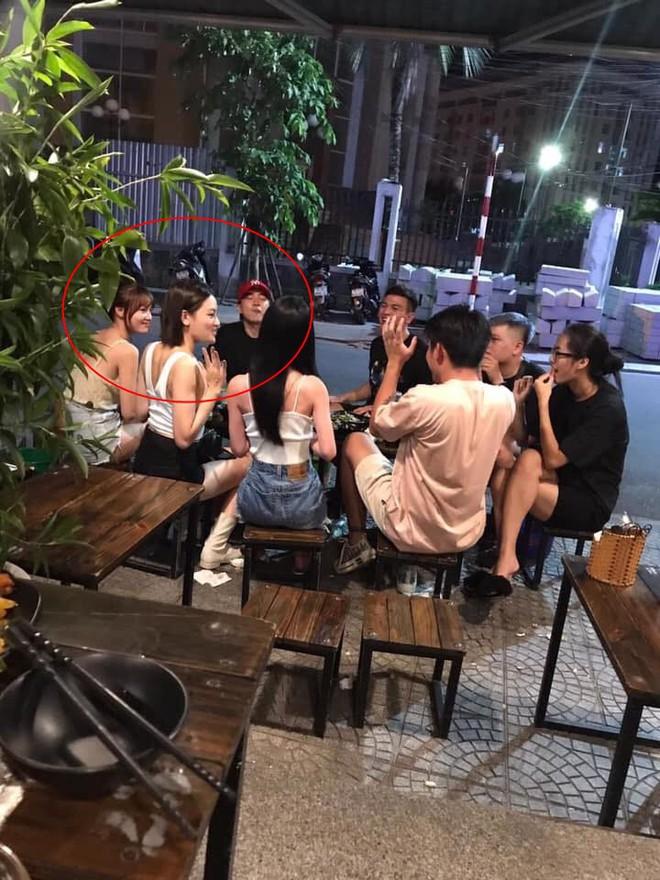 Lộ ảnh Ninh Dương Lan Ngọc quay phim ở Huế, Chi Dân vượt đường xa ra thăm bạn gái tin đồn? - ảnh 1