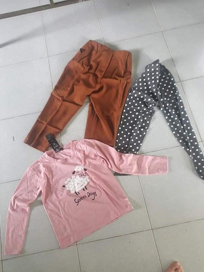 Đặt 2 bộ quần áo thể thao 500K, thanh niên ngậm đắng khi nhận về 2 chiếc quần nữ bó sát tặng kèm chiếc áo hồng baby - ảnh 2