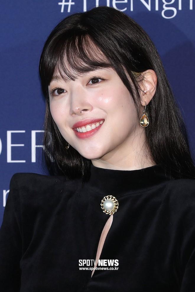 Sự kiện siêu sang quy tụ dàn mỹ nhân: Jihyo lần đầu lộ diện hậu hẹn hò Kang Daniel, bị cả Tzuyu và Sulli làm lu mờ - ảnh 17