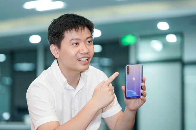 Sếp Vsmart quả quyết smartphone của mình khác hoàn toàn Trung Quốc, tiết lộ phiên bản mới Make In Vietnam - ảnh 2