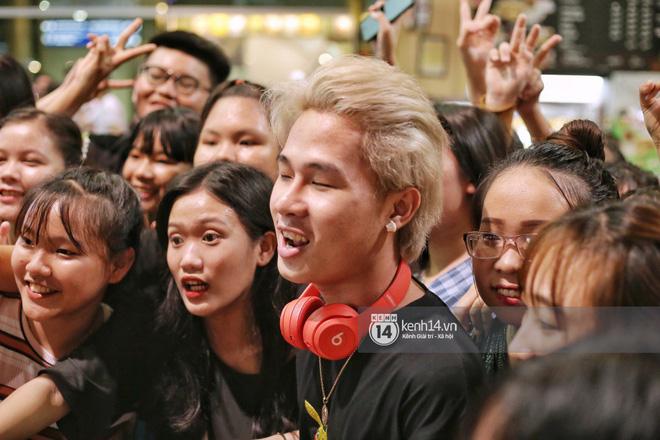 Giữa liên hoàn phốt, Jack cùng K-ICM rời Việt Nam sang Hàn công tác, choáng khung cảnh fan vây kín sân bay tiễn idol - ảnh 3