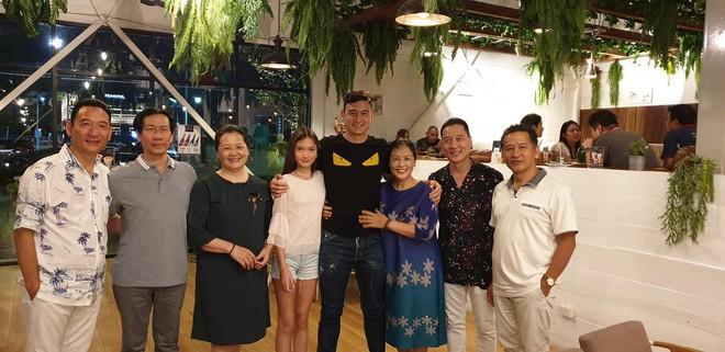 Tâm sự xúc động của bố Văn Lâm thuở cơ hàn: Bác ruột phải bán chiếc khuyên tai vàng của bà nội để nuôi hai bố con - ảnh 3