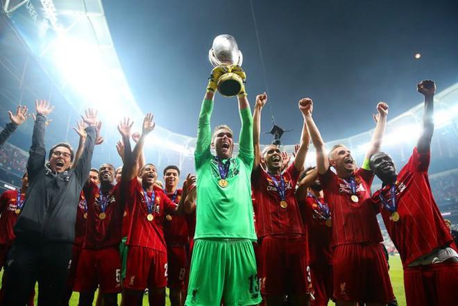 Siêu cúp châu Âu: Thủ môn Liverpool ăn gian trong loạt sút luân lưu quyết định - ảnh 6