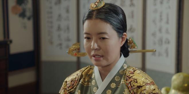 Tân Binh Học Sử Goo Hae Ryung: Nghe tin crush tắm tiên với trai, Cha Eun Woo làm ngay khoá tỏ tỉnh cấp tốc! - Ảnh 1.