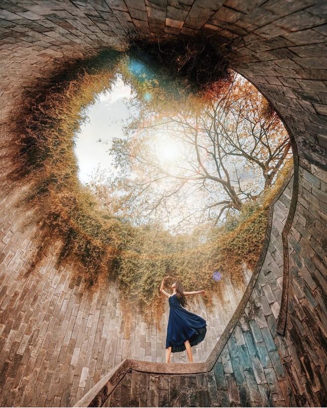 Đẹp thì có đẹp nhưng nhìn loạt Instagram của travel blogger xứ người mà không khỏi thắc mắc: Đây là du lịch hay cuộc đua chỉnh ảnh lố tay? - ảnh 14