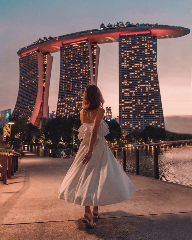Đẹp thì có đẹp nhưng nhìn loạt Instagram của travel blogger xứ người mà không khỏi thắc mắc: Đây là du lịch hay cuộc đua chỉnh ảnh lố tay? - ảnh 15