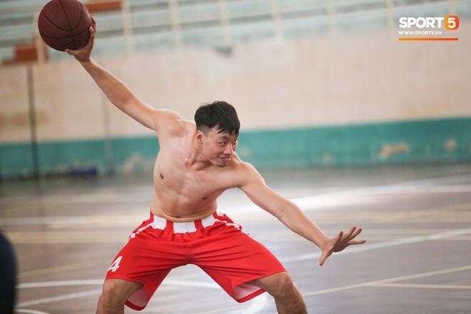 Dàn sao Danang Dragons khoe body cực phẩm trong buổi tập cuối cùng - ảnh 8