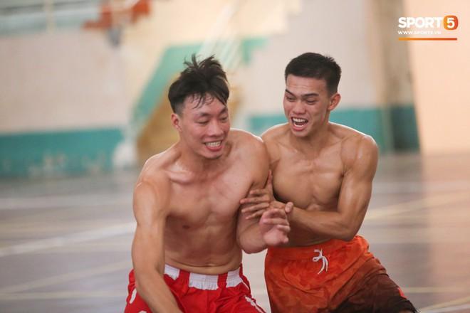 Dàn sao Danang Dragons khoe body cực phẩm trong buổi tập cuối cùng - ảnh 9