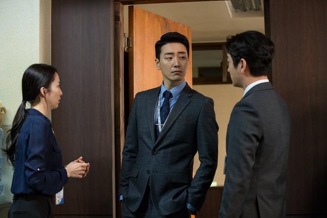 Lee Joon Hyuk của Tổng Thống 60 Ngày: 3 lần làm ác nhân nhưng ai xem cũng mê đắm đuối - Ảnh 2.