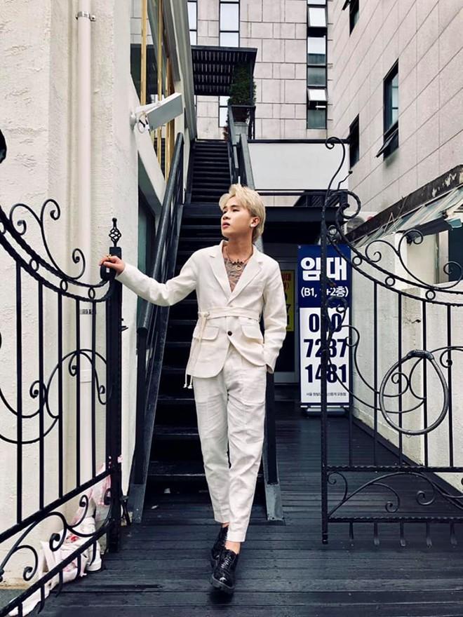 """""""Mặc kệ"""" Jack im hơi lặng tiếng, K-ICM vẫn """"quẩy"""" khắp Seoul, còn ghé thăm cung điện nổi tiếng nhất Hàn Quốc nữa này - ảnh 12"""