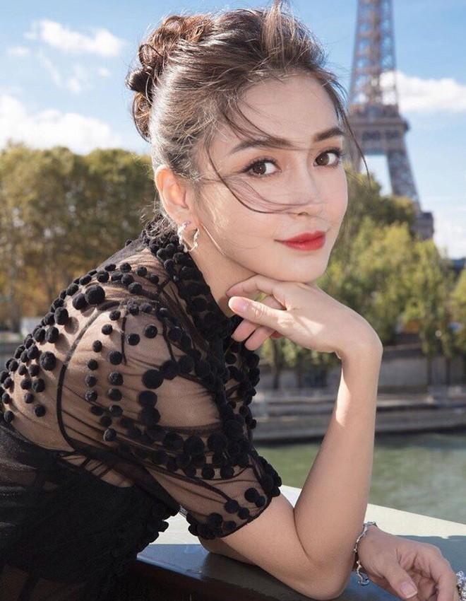 Top 4 mỹ nhân sở hữu đôi mắt đẹp nhất showbiz Hoa ngữ: Angela Baby xếp cuối, Dương Mịch phải thua 1 người - Ảnh 1.