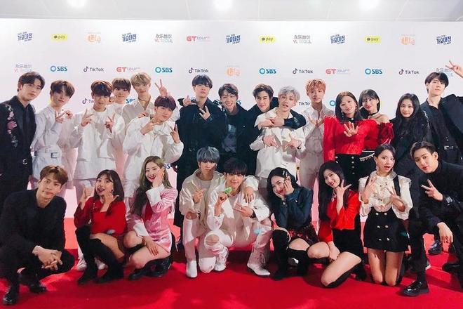 """Số phận idol ngoại quốc trong Big 3: JYP cưng """"gà"""" như cưng trứng, SM và YG liên tiếp bị tố đối xử bất công - ảnh 1"""