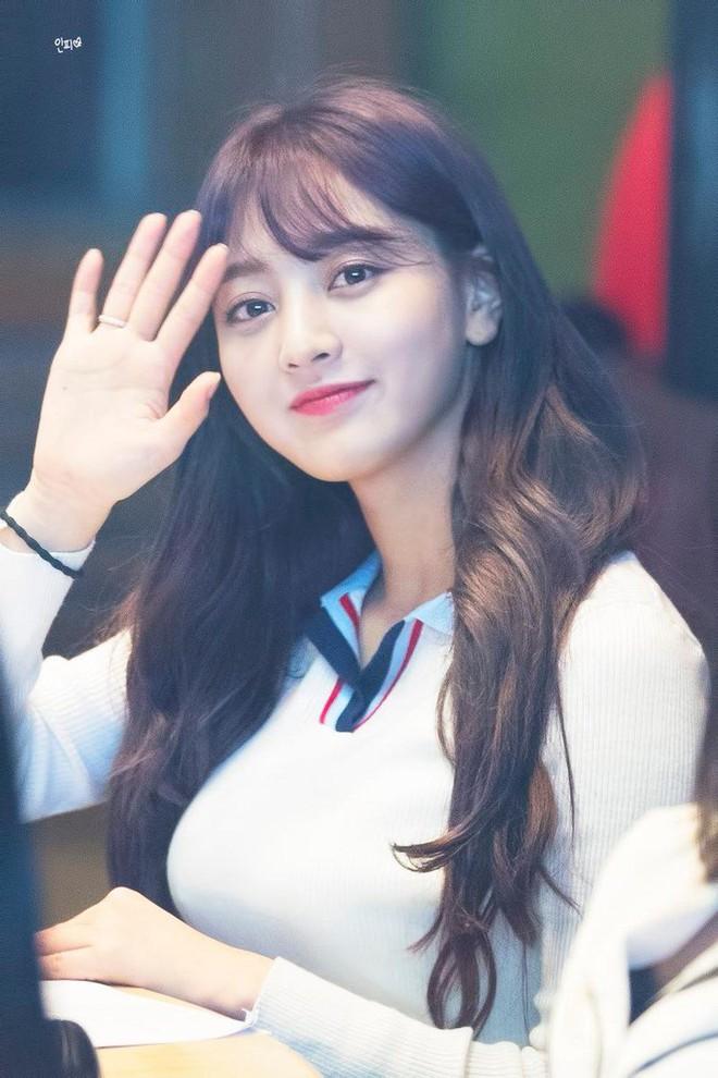 """Bảng xếp hạng nữ idol hot nhất tháng 8: Nữ idol tân binh đã """"đạp đổ"""" Jennie để lên ngôi vương, top 5 gây tranh cãi vì thứ hạng - Ảnh 5."""