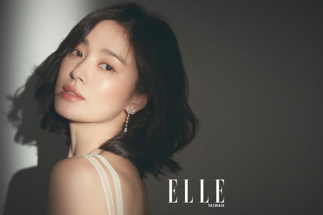 Netizen bầu chọn: Angela Baby sở hữu đôi mắt đứng top, mũi Phạm Băng Băng hoàn hảo bất chấp Song Hye Kyo - Jeon Ji Hyun - Ảnh 10.
