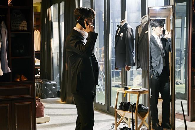 6 cảnh chấn động của Lee Joon Hyuk ở Tổng Thống 60 Ngày: Con tàu chỉ có một thuyền trưởng, tôi là người đó! - ảnh 2