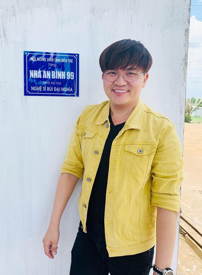 Sao Việt đồng loạt dành hết lời khen ngợi khi MC Đại Nghĩa quyết mang gần 800 triệu đồng thắng gameshow đi làm từ thiện - ảnh 2