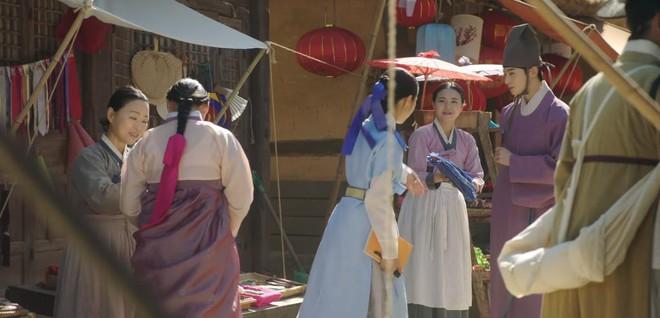 Tân Binh Học Sử Goo Hae Ryung: Quen chưa lâu, Shin Se Kyung đã ham hố ngủ cùng trai đẹp, quá đáng lắm rồi! - ảnh 12
