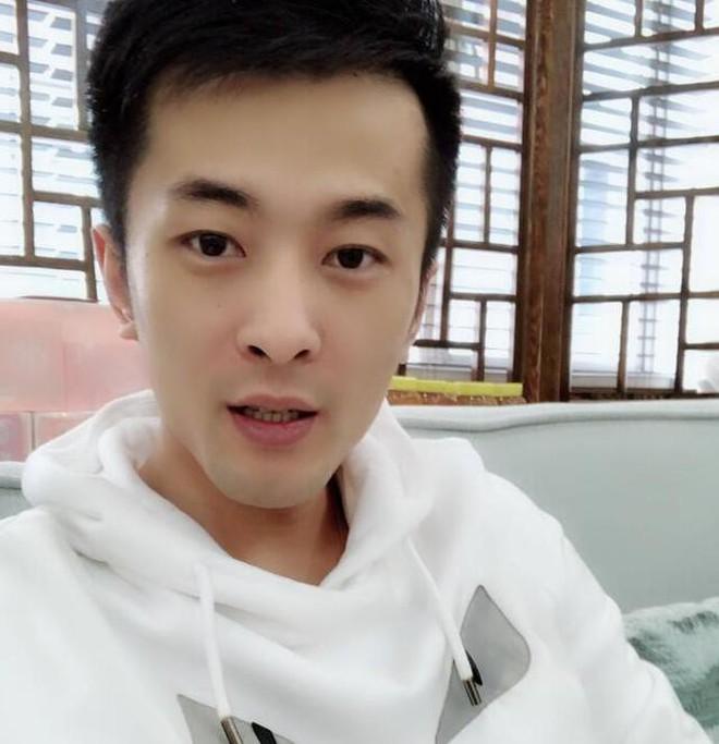Siêu đám cưới xôn xao Weibo: Tốn 175 tỷ đồng mời 42 sao hạng A, quy mô như concert, bất ngờ hơn là thân thế cô dâu chú rể - ảnh 10