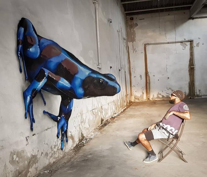 Những bức tường vô hồn hóa tuyệt tác qua đôi tay tài hoa của người nghệ sĩ khiến người xem trầm trồ - ảnh 3