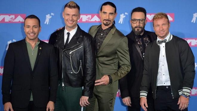 Biến căng đét: Backstreet Boys yêu cầu rút tên ra khỏi đề cử VMAs khi được đề cử chung với BTS và BLACKPINK? - Ảnh 4.