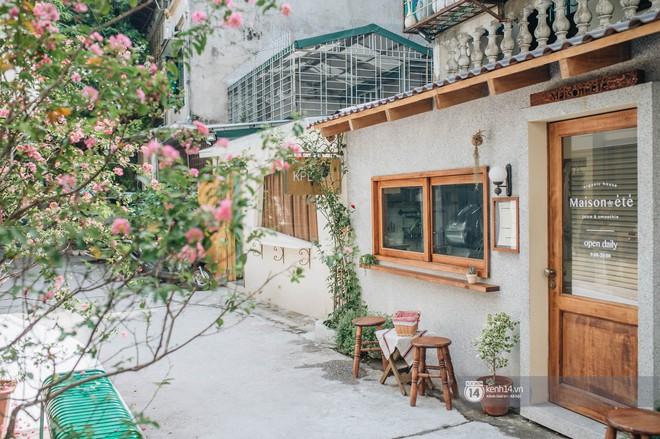 """Hai quán nước ép và tiệm bánh mới toanh ở Hà Nội, liền kề nhau tạo thành hẻm """"sống ảo"""" xinh xẻo như bên Hàn - ảnh 3"""
