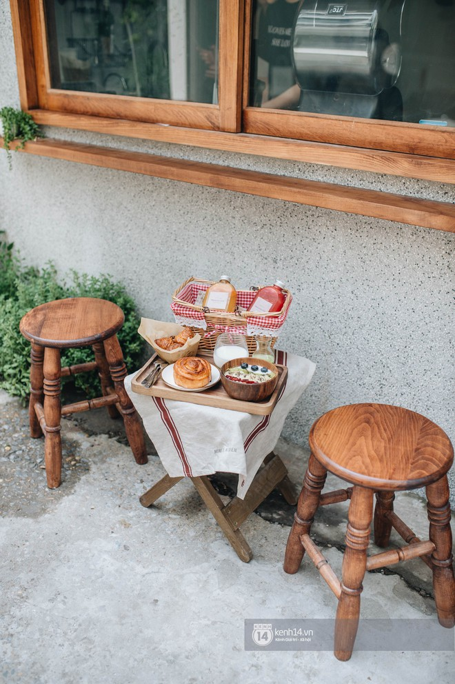 """Hai quán nước ép và tiệm bánh mới toanh ở Hà Nội, liền kề nhau tạo thành hẻm """"sống ảo"""" xinh xẻo như bên Hàn - ảnh 12"""