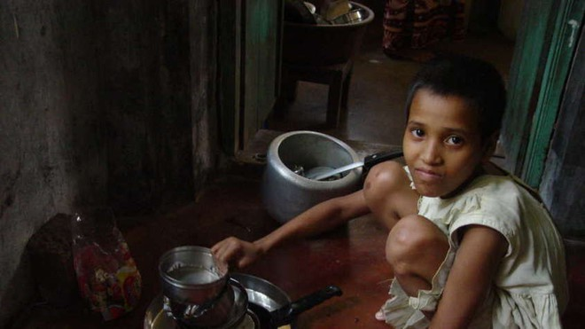 Khi trẻ em làm giúp việc cho nhà giàu: Bị ngược đãi tàn nhẫn, bữa ăn chan nước mắt và những cái chết đầy tức tưởi - ảnh 3