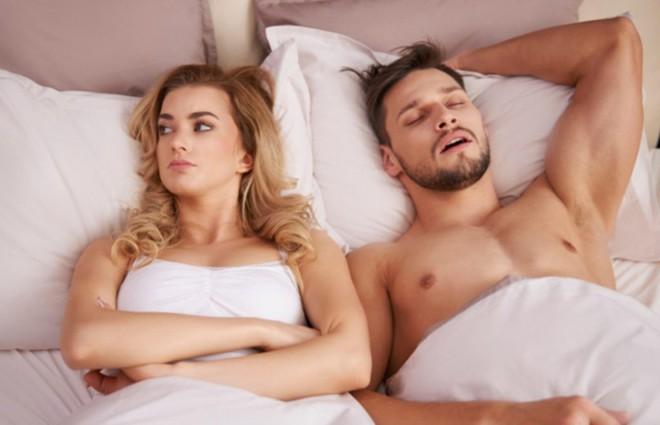 """Nam giới sau khi """"yêu"""" không nên làm những điều sau để tránh gây tổn hại sức khỏe, chức năng sinh lý - ảnh 4"""