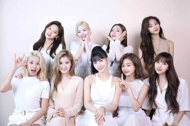 Mặt trận album girlgroup Kpop hiện tại: TWICE double-kill Nhật - Hàn, Red Velvet lép vế, BLACKPINK not found - ảnh 1