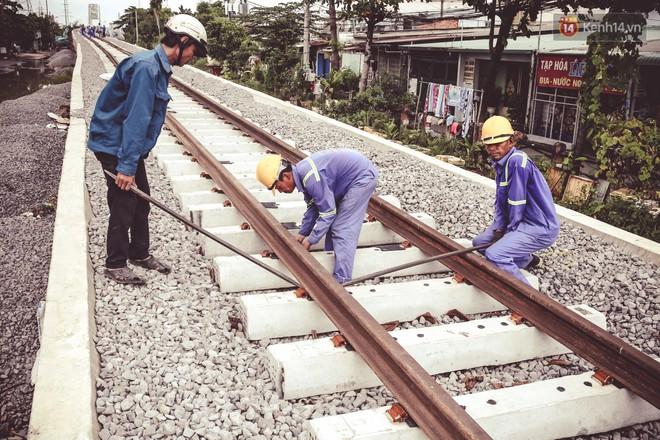Cận cảnh cầu sắt Bình Lợi mới gần 500 tỉ đồng, sẵn sàng cho tàu hỏa Bắc - Nam chạy thử vào đầu tháng 9/2019 - ảnh 9