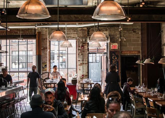 """Thế kỷ 21 rồi, vào nhà hàng, khách sạn tip bao nhiêu là đủ? Tip thế nào cho tế nhị, cho """"sang""""? - ảnh 4"""