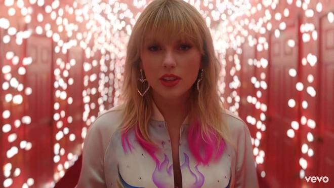 Taylor Swift mơ về ngôi nhà và những đứa trẻ trong MV Lover, fan không khỏi xao xuyến chờ đến ngày chị cưới! - ảnh 5